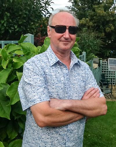Dads_seaside_shirt_McCalls_6044
